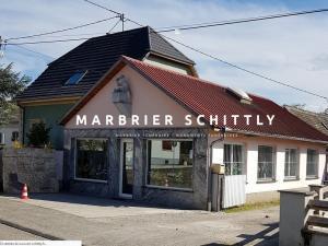 Création et mise en ligne d'un nouveau site Internet vitrine pour mon client Marbrerie Schittly. Un marbrier spécialisé dans la fabrication de monuments et articles funéraires, l'entretien de sépultures et est situé à 67 Bischwiller près de Haguenau (Bas-Rhin, Alsace)