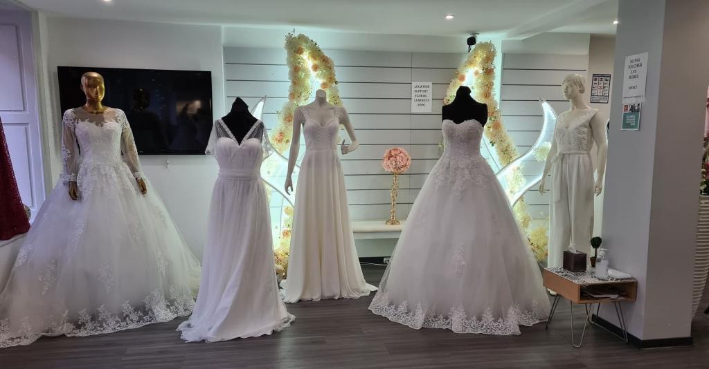 Réalisation et mise en ligne d'une nouvelle vidéo de présentation d'entreprise pour découvrir Kadeco Mariage une bien sympathique boutique spécialisée dans les robes de mariée, robes de gala et de soirée à 25 #Audincourt
